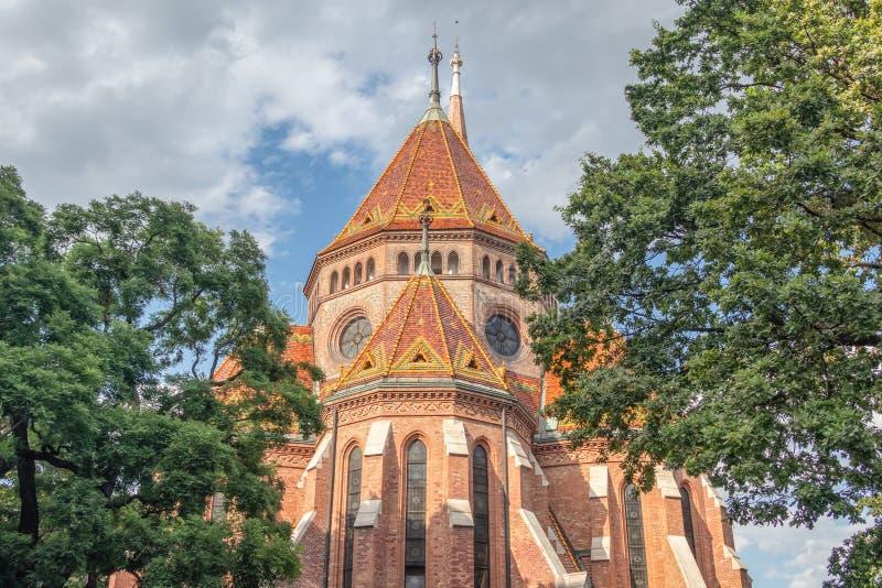 Vista della chiesa riformata calvinista a Budapest Ungheria immagini stock