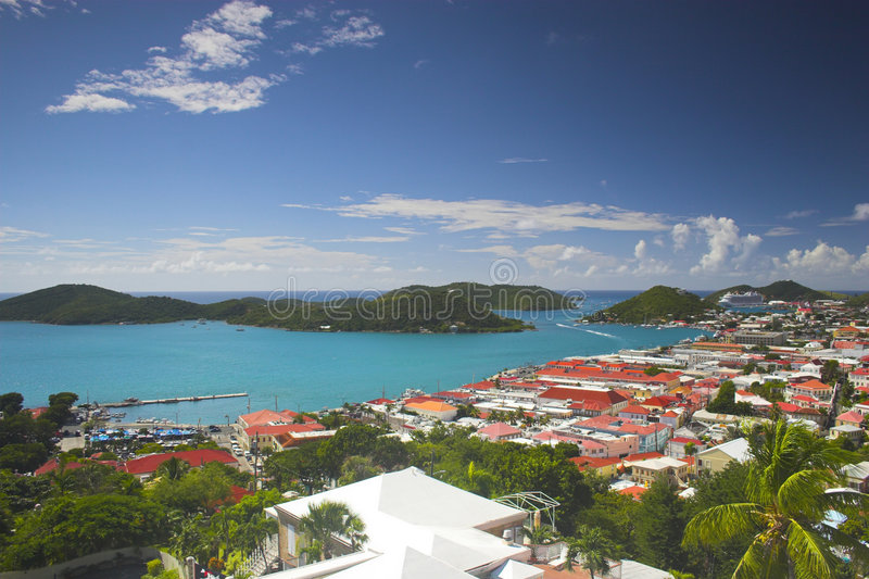 Vista della città dell'isola immagine stock libera da diritti