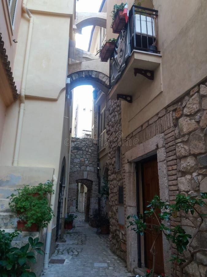 Vista della città di Gaeta fotografia stock libera da diritti