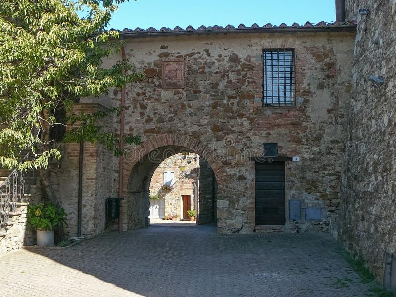 Vista della città di Murlo immagini stock
