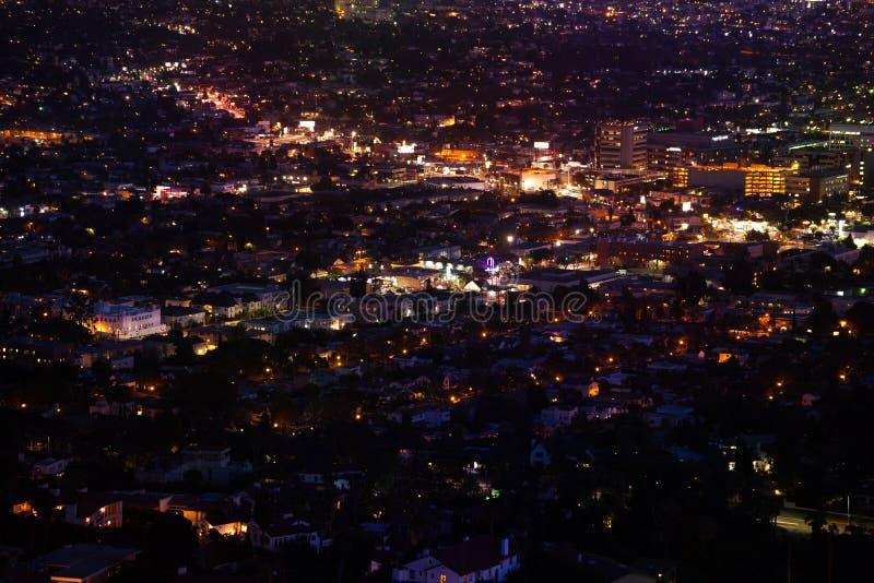 Vista della città di notte di LA da Griffith Observatory immagini stock