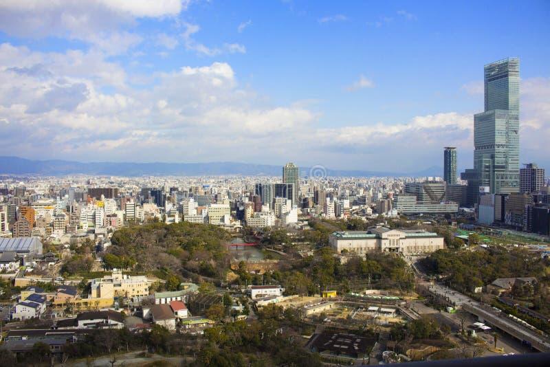 Vista della città di Osaka dalla torre di Tsutenkaku immagini stock