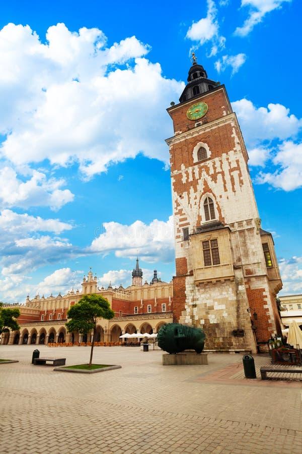 Vista della città Hall Tower su Rynek Glowny a Cracovia fotografie stock