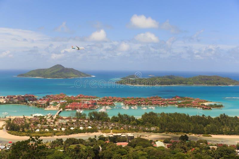 Vista della collina in Seychelles fotografie stock