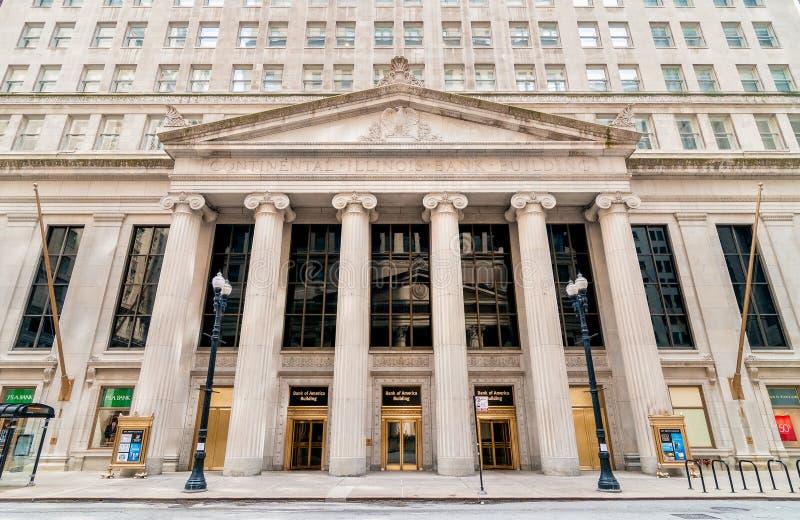 Vista della costruzione continentale della Banca di Illinois alla via del sud di LaSalle in Chicago fotografia stock libera da diritti