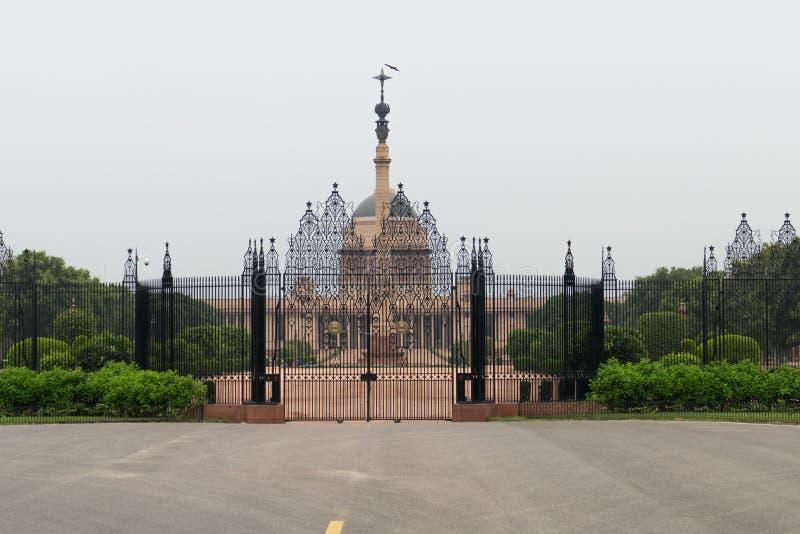 Vista della costruzione della proprietà del ` s di presidente di Rashtrapati Bhavan fotografia stock