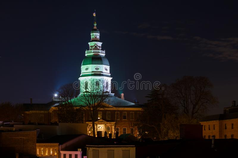 Vista della cupola della Camera dello stato di Maryland alla notte, a Annapolis, Maryland immagine stock