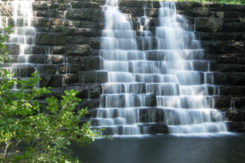 Vista della diga del lago otter, Ridge Parkway blu fotografia stock libera da diritti