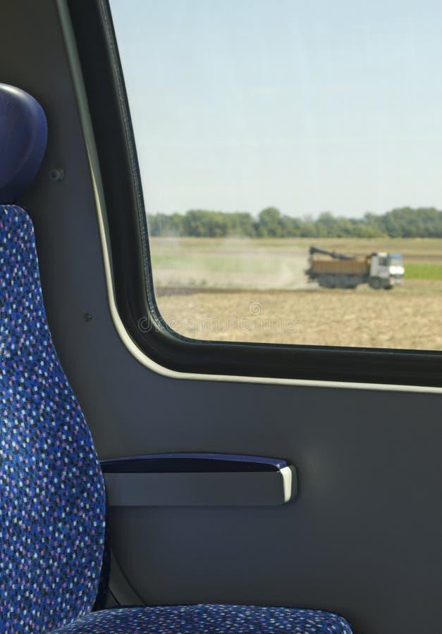 Vista della finestra del treno fotografie stock libere da diritti