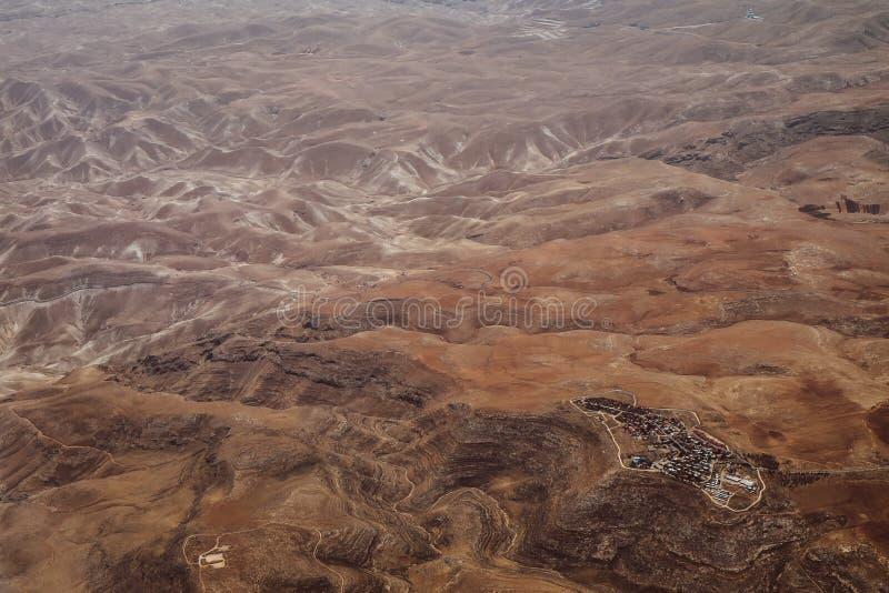 Vista della Giordania dall'aereo paesaggio Deserto fotografie stock libere da diritti