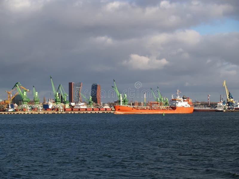 Vista della Lituania del porto marittimo di Klaipeda fotografia stock libera da diritti