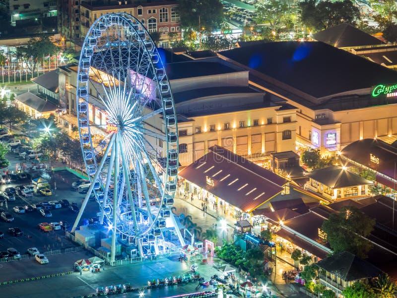 Vista della luce notturna di Asiatique fotografia stock libera da diritti