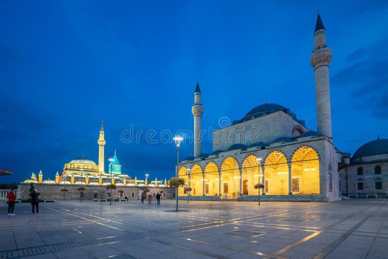 Vista della moschea di Selimiye e del museo di Mevlana in Konya, Turchia fotografia stock libera da diritti