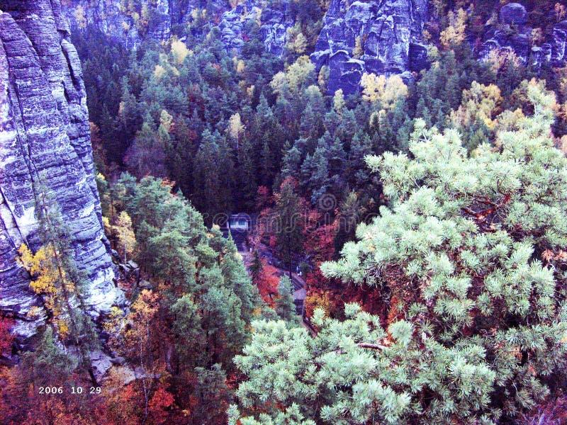 Vista della roccia a Rathen fotografia stock libera da diritti