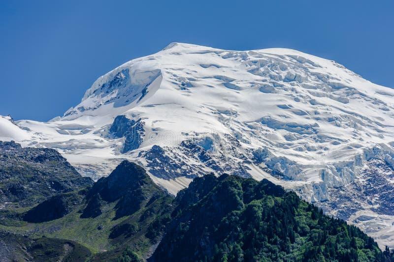Vista della sommità di Mont Blanc immagine stock libera da diritti