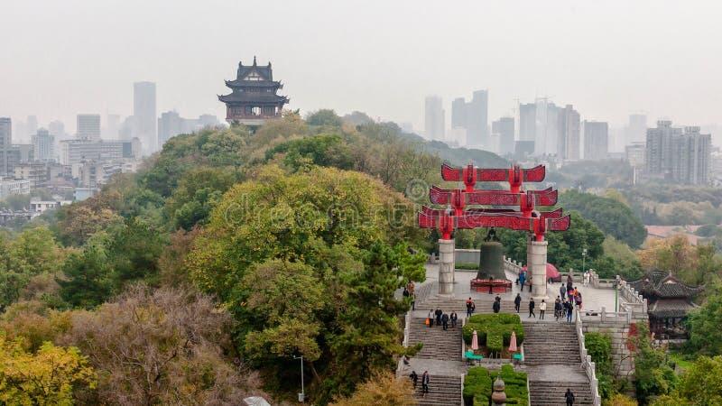 Vista della sommità a Wuhan, Cina immagini stock libere da diritti