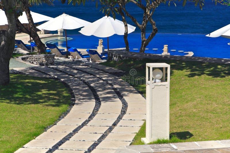 Vista della spiaggia dal balcone fotografia stock libera da diritti