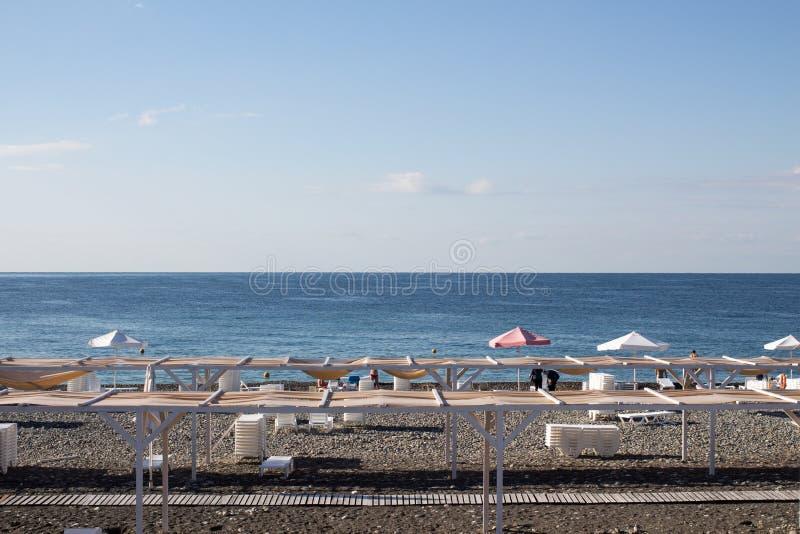 Vista della spiaggia in Soci, Russia fotografia stock libera da diritti