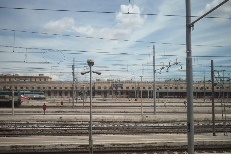 Vista della stazione ferroviaria di Roma Termini, Roma, Italia fotografie stock libere da diritti