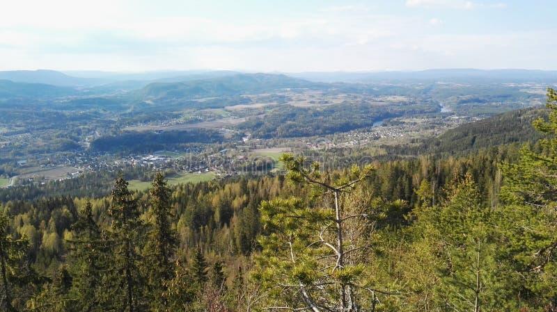 Vista della valle di Buskerud Norvegia fotografia stock libera da diritti