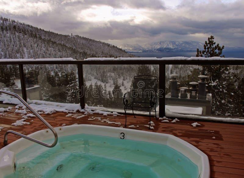 Vista della vasca calda del lago Tahoe del sud fotografia stock libera da diritti
