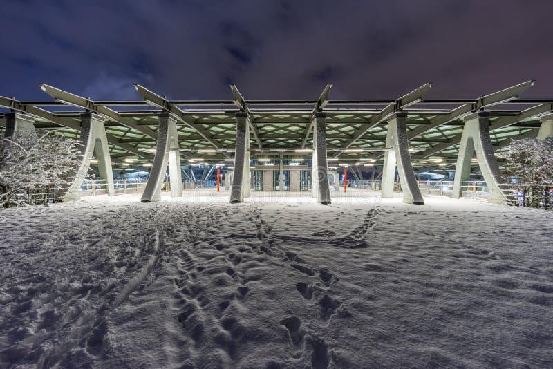 Vista della via di Hannover alla sera di inverno fotografia stock