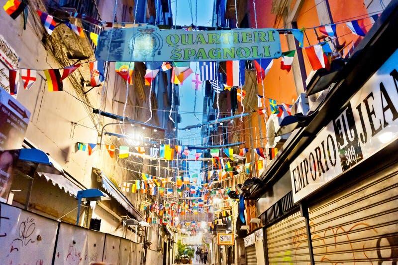 Vista della via di Quartieri Spagnoli a Napoli, Italia fotografia stock