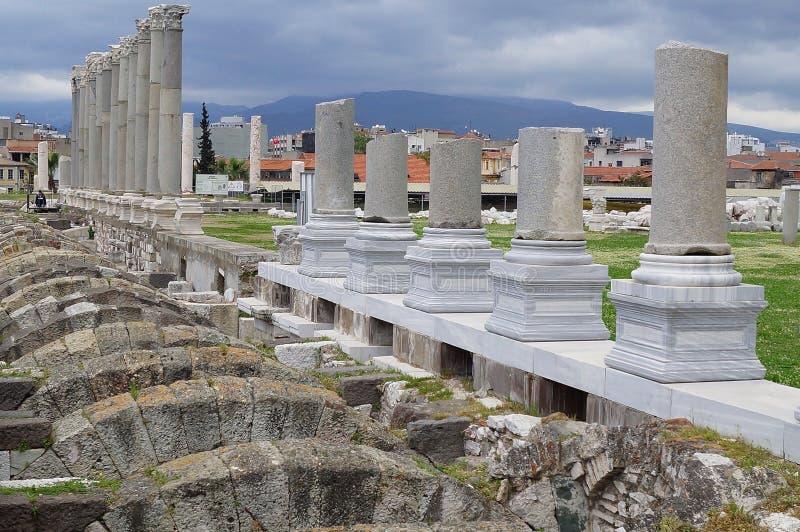 Vista delle colonne antiche smirne immagini stock libere da diritti