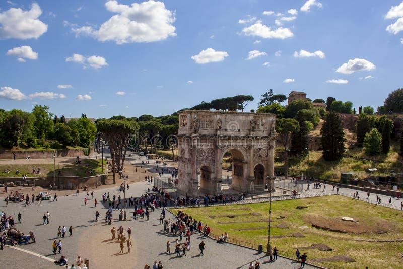 Vista delle rovine di Fori Imperiali - Roma fotografie stock