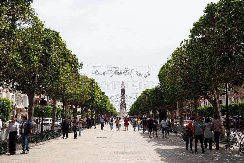 Vista delle vie di Tunisi del centro fotografia stock libera da diritti