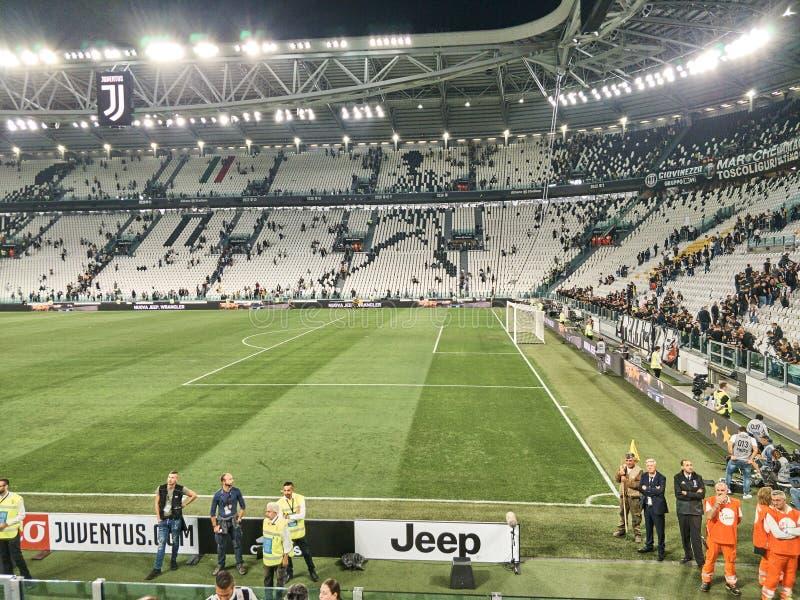Vista dello stadio dell'Allianz, il campo della casa di Juventus immagine stock libera da diritti