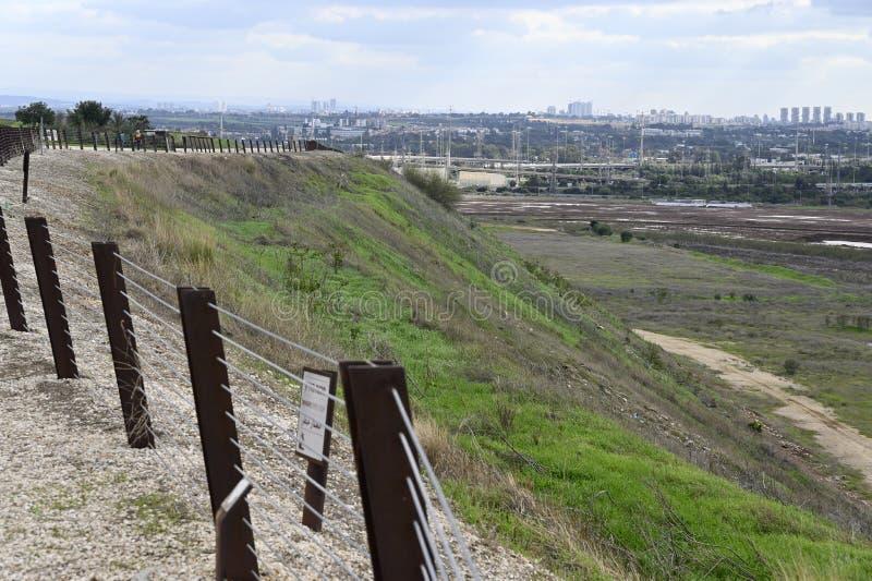 Vista desde el vertedero de la ciudad de Tel Aviv foto de archivo libre de regalías