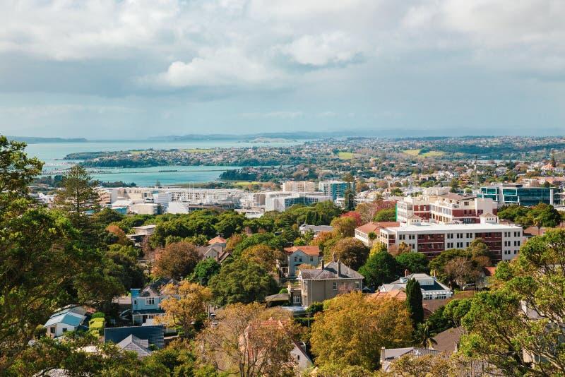 Vista di Auckland dal Mt l'Eden fotografia stock