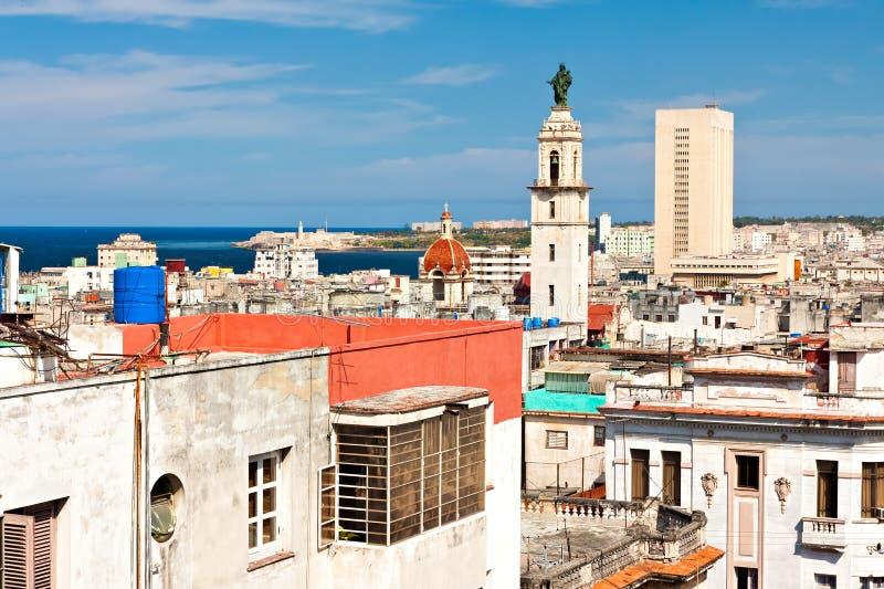 Vista di Avana con la baia sui precedenti immagine stock