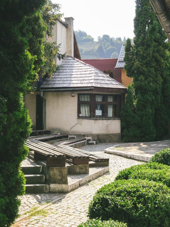 Vista di bella villa fotografia stock libera da diritti