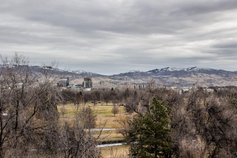 Vista di Boise del centro dall'altro lato di Kathryn Albertson Park fotografia stock libera da diritti
