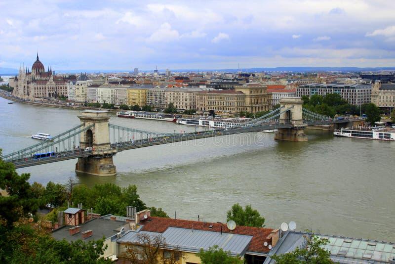 Vista di Budapest dal castello fotografia stock libera da diritti