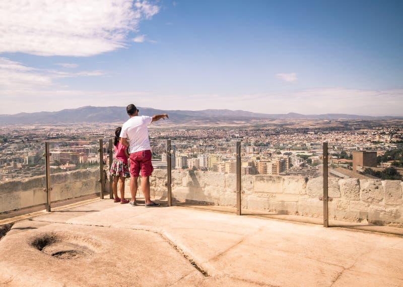 Vista di Cagliari dalla torre di San Pancrazio, Italia fotografie stock libere da diritti