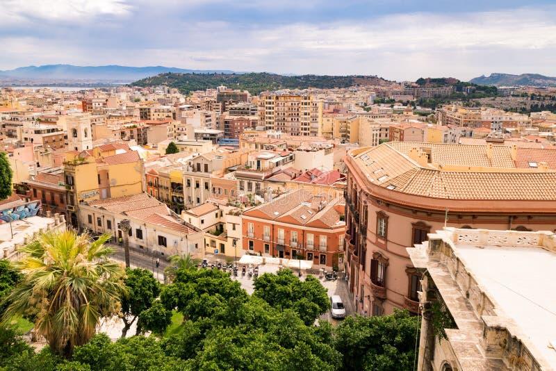 Vista di Cagliari, Sardegna, Italia immagini stock libere da diritti