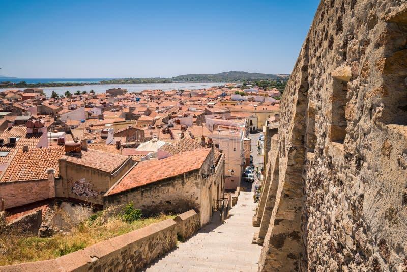 Vista di Carloforte, San Pietro Island, Sardegna, Italia fotografia stock