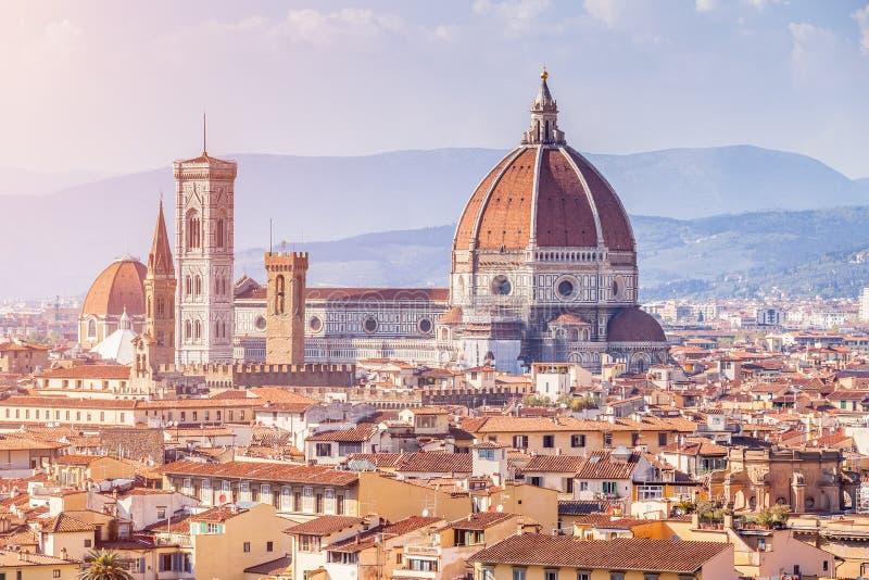 Vista di Firenze da sopra, cattedrale Santa Maria del Fiore Du fotografia stock libera da diritti