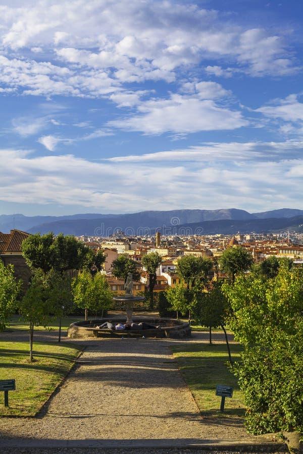 Vista di Firenze dal giardino di Boboli immagine stock libera da diritti