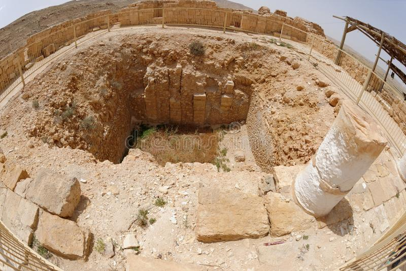 Vista di Fisheye di rovina antica nella città Mamshit del deserto in Israele immagine stock libera da diritti