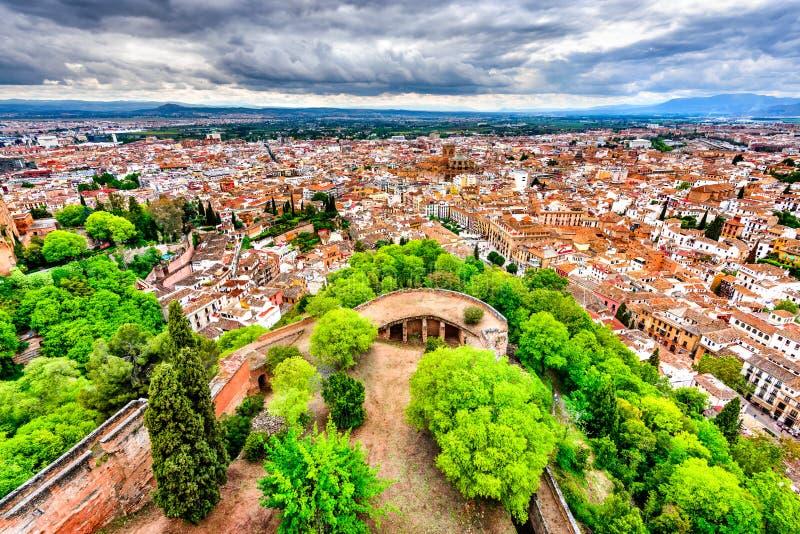 Vista di Granada, Andalusia, Spagna - di Albaicin da Alcazaba fotografia stock libera da diritti
