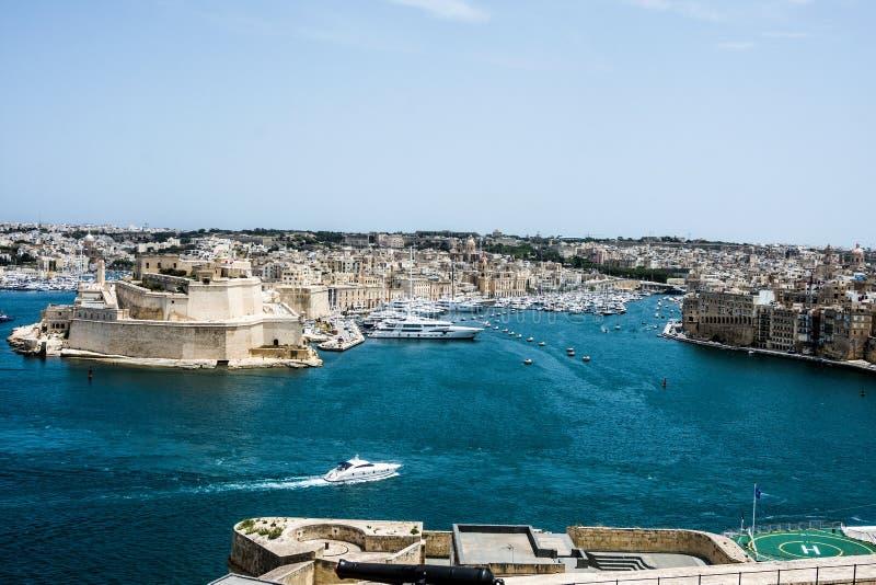 Vista di Grand Harbor, Valletta, Malta fotografie stock libere da diritti
