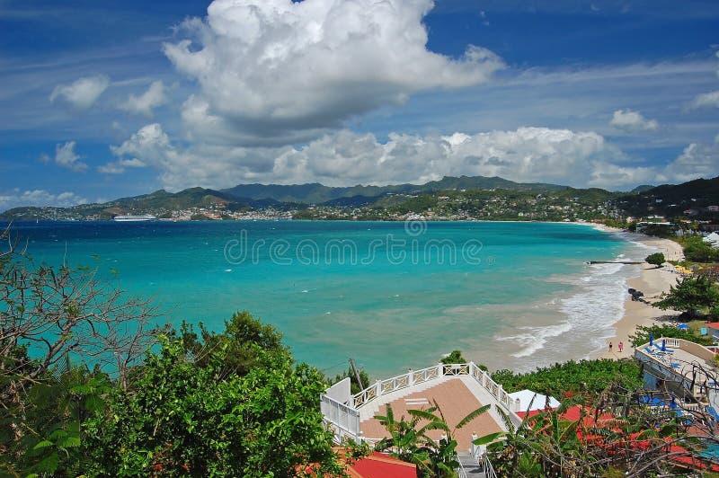 Vista di grande spiaggia di Anse dall'hotel fotografia stock libera da diritti