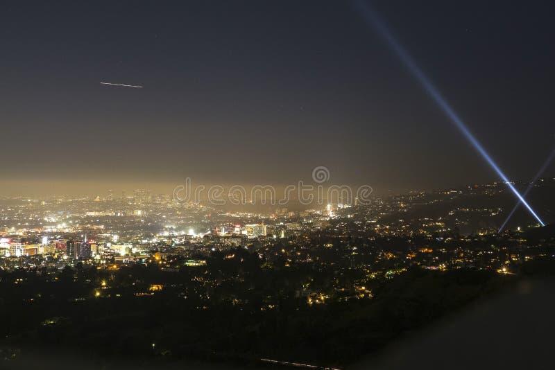 Vista di Hollywood alla notte dall'osservatorio, L a immagini stock