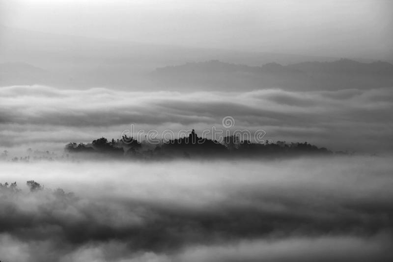 Vista di mattina del tempio di Borobudur, Magelang Indonesia fotografia stock libera da diritti
