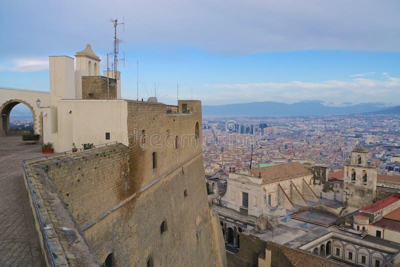Vista di Napoli dalla fortezza fotografia stock