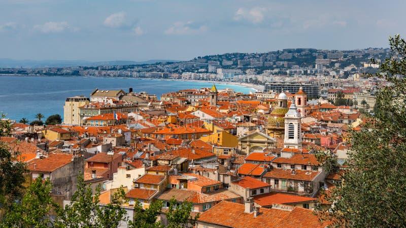 Vista di Nizza, tetti della Francia immagini stock